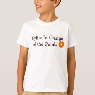Camiseta flor, Kylie: Responsável das pétalas