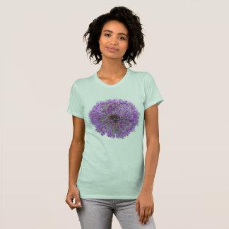 Camiseta Flor redonda roxa App do Allium. T-shirt