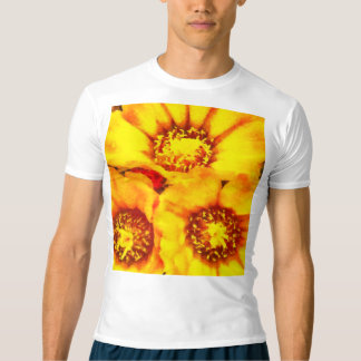Camiseta Flores amarelas brilhantes bonitas
