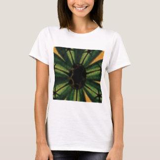 Camiseta flores verdes da pétala
