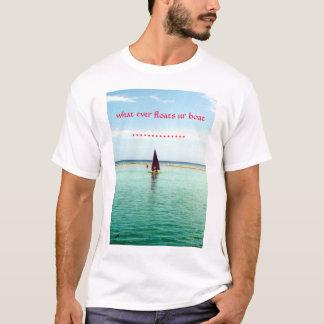 Camiseta flutua a salmoura do ur