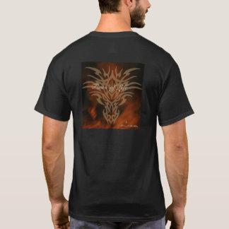 Camiseta Fogos do T do dragão dos homens da vida