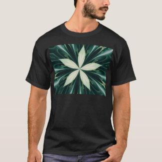 Camiseta Folhas do branco em um caleidoscópio verde da
