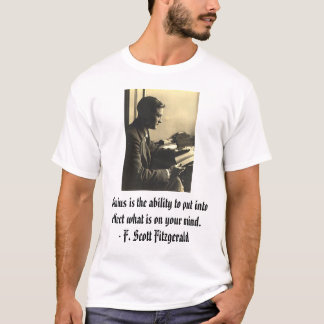 Camiseta fsfitz2, gênio é a capacidade para pôr no effe…