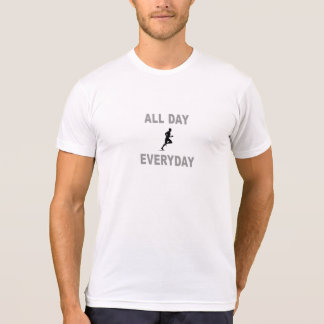 Camiseta Funcionando o dia inteiro diário
