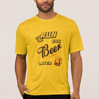 Camiseta Funcione agora um Esporte-Tek mais atrasado SS da