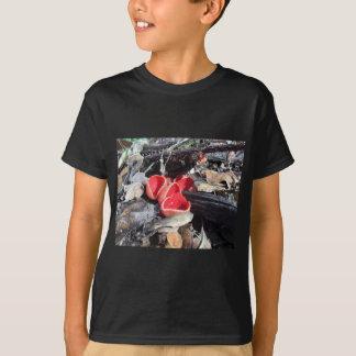 Camiseta Fungo de copo vermelho