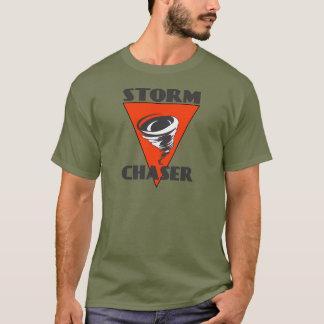 Camiseta Furacão do caçador da tempestade e triângulo