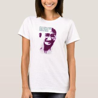 Camiseta Gandhi você pode julgar uma sociedade