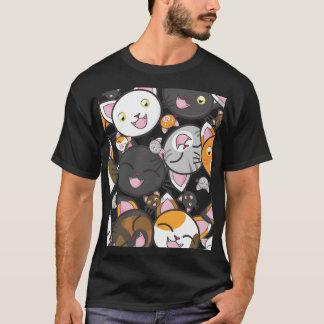 Camiseta Gatinho de Kawaii - o t-shirt dos homens