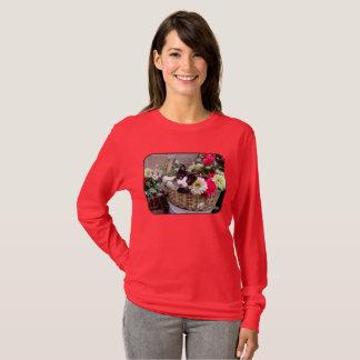 Camiseta Gatinho em uma cesta