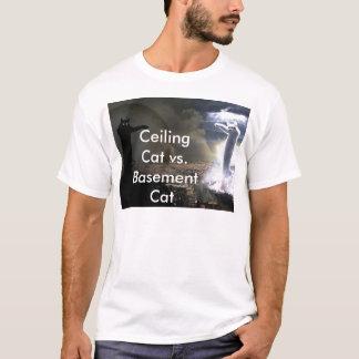 Camiseta Gato do teto contra o gato do porão