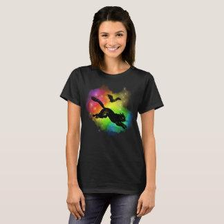Camiseta Gato preto e t-shirt colorido bastão da névoa