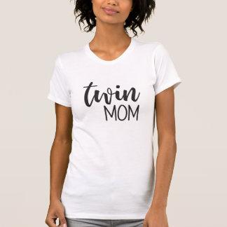 Camiseta gêmea da tipografia da mamã