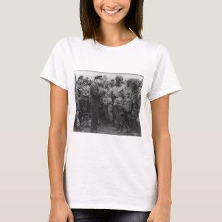 Camiseta General Dwight D. Eisenhower com paramilitares