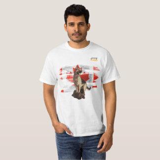 Camiseta German shepherd que guarda orgulhosa a bandeira