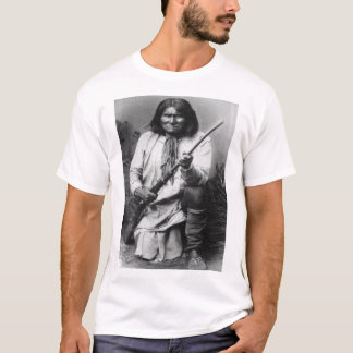Camiseta 'Geronimo com a arma no Ready
