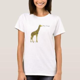 "Camiseta Girafa com pescoço longo que diz ""a garganta"