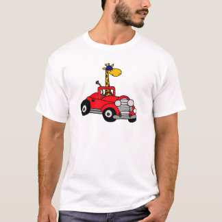 Camiseta Girafa Funky que conduz o Convertible vermelho