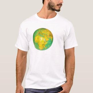 Camiseta Globo com a terra do planeta isolada no branco