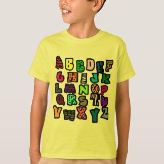Camiseta Grafites do alfabeto com Multi-Cores e padrões