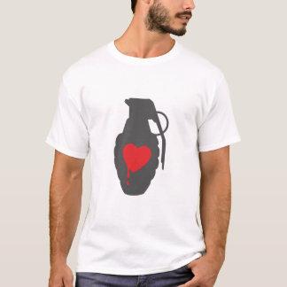 Camiseta Granada do amor - o amor é um campo de batalha