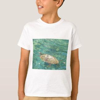 Camiseta grande natação da tartaruga do rio