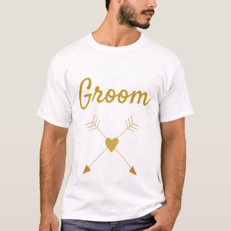 Camiseta Grande texto dourado do noivo