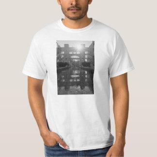 Camiseta Grayscale do Sunburst de Coronado