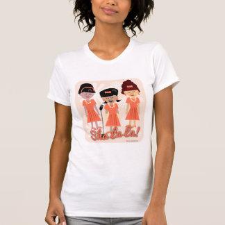Camiseta Grupo Sassy da menina dos anos sessenta