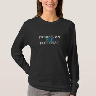 Camiseta Há um t-shirt longo da luva do óleo