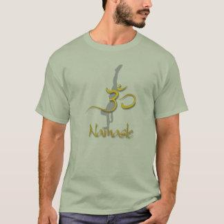 Camiseta Handstand da pose da ioga, t-shirt verde de pedra