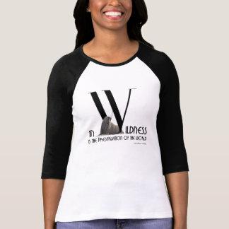 Camiseta Henry David Thoreau - no Wildness está a