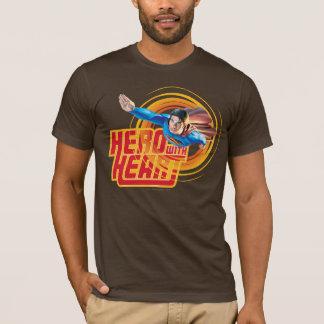 Camiseta Herói do superman com coração