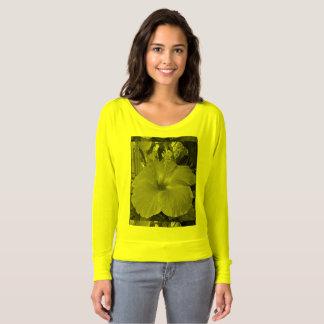 Camiseta Hibiscus por Htawq