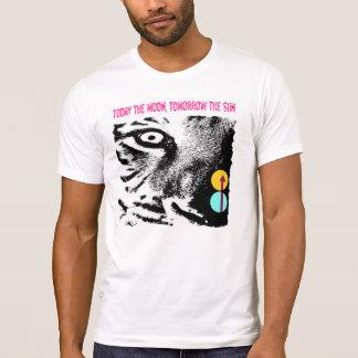 Camiseta Hoje a lua, amanhã o t-shirt do tigre de Sun