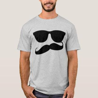 Camiseta Homem do bigode