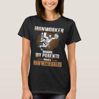 Camiseta Homem do trabalhador-um do ferro com t-shirt das