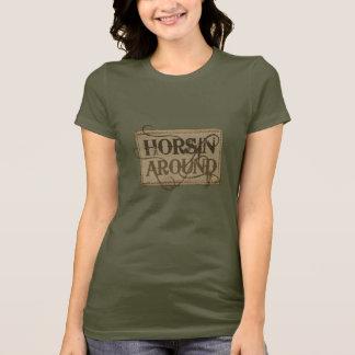 Camiseta Horsin em torno do tshirt ocidental