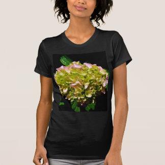Camiseta Hydrangea verde e cor-de-rosa