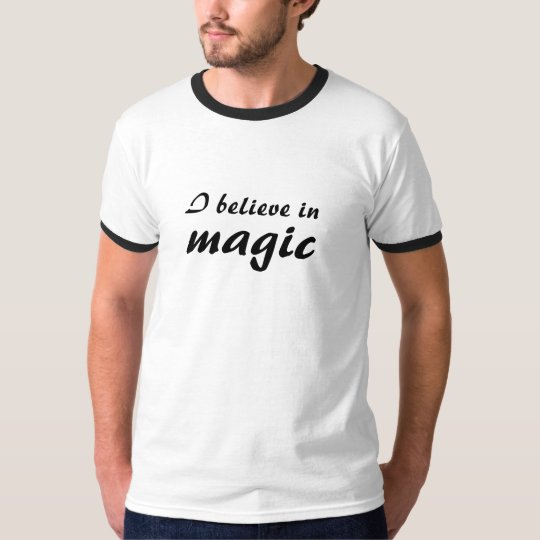 Camiseta I believe in magic