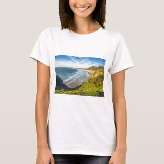 Camiseta Ideia cénico da paisagem contra o céu