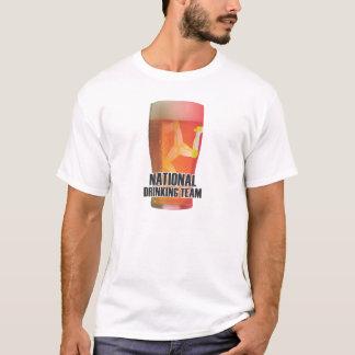 Camiseta Ilha do homem: Equipe nacional do bebendo