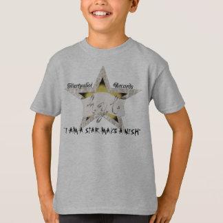 Camiseta im um t-shirt da estrela