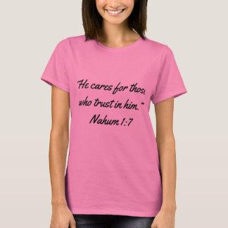 """Camiseta """"Importa-se"""" a escritura T das mulheres"""