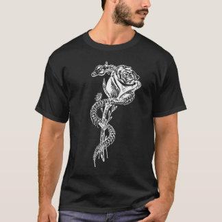 Camiseta Impressão de esqueleto do cobra e do rosa