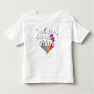 Camiseta Infantil A faísca da papoila dos troll | canta & brilha