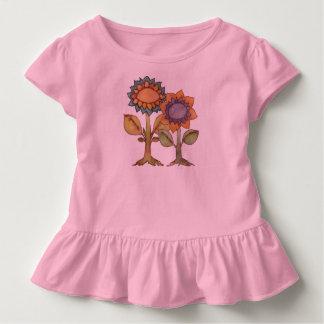 Camiseta Infantil A terra ri com flores