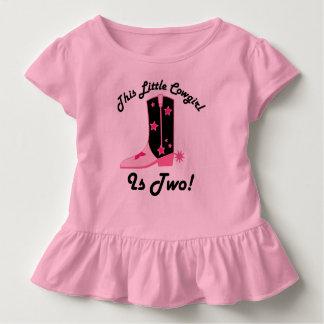 Camiseta Infantil A vaqueira pequena do segundo aniversário é Tshirt