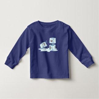 Camiseta Infantil água gelada do cubo dos cubos de gelo que desliza